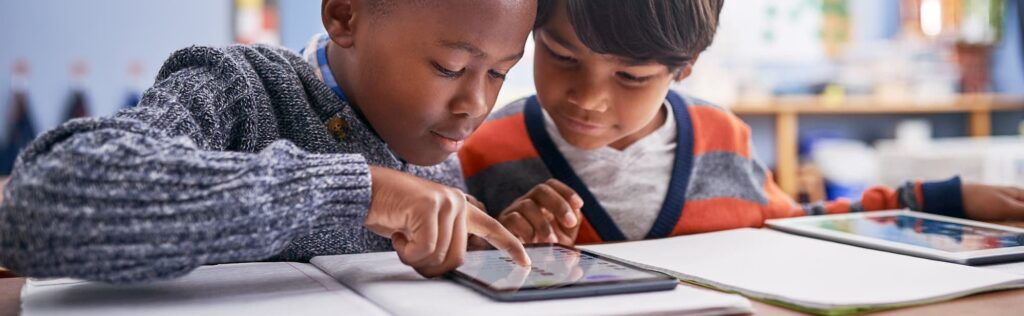 Perfect device for students - Apple iPad